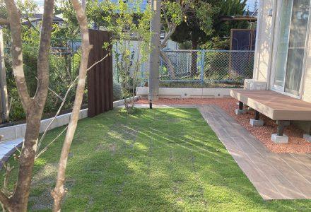 手のかからない工夫と、過ごしたくなるお庭。